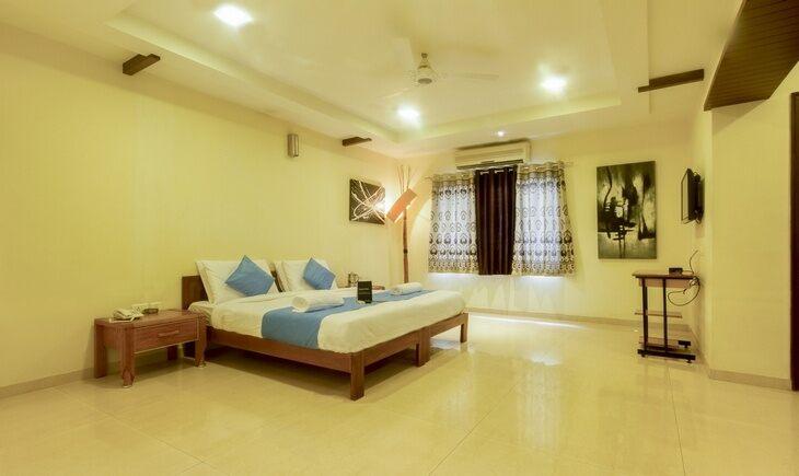 Bedroom image FabHotel Vibrant Jubilee Hills Hyderabad