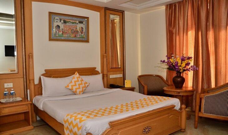 Bedroom image FabHotel Castle Lalpura MI Road Jaipur