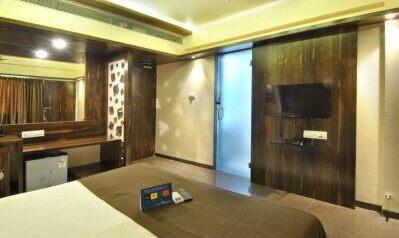 FabHotels in Pune (2 image FabHotel Regal Inn Pimpri Chinchwad)