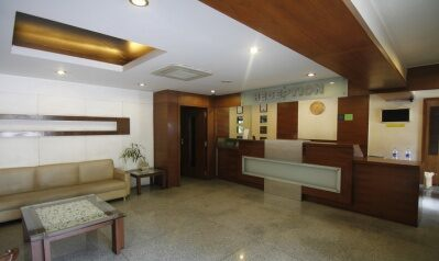 FabHotels in Pune (2 image FabHotel Lakme Executive FC Road)