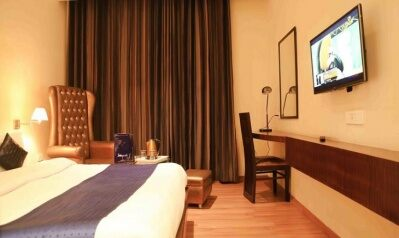 FabHotels in Amritsar (2 image FabHotel Orbion Mall Road)