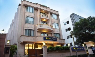 FabHotels in Karol Bagh (image FabHotel Check'In By Oran CP)