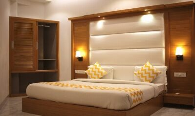 FabHotels in New Delhi Airport (2 image FabHotel Star Delhi Airport)