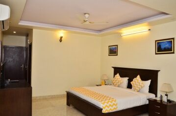 FabHotels in Jaipur Railway Station (1 image FabHotel Raj Regency Jawahar Circle)