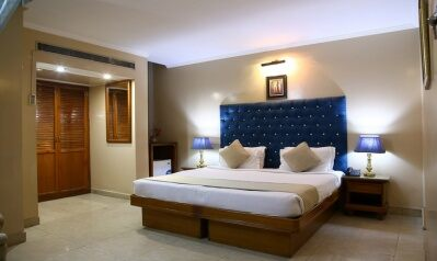 FabHotels in Nehru Place (2 image FabHotel Conclave Inn Nehru Place)