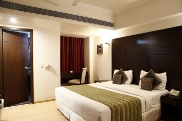 FabHotels in New Delhi (1 image FabHotel Fables Safdarjung)