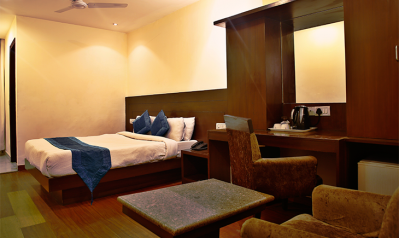 FabHotels in Connaught Place (2 image FabHotel Raj Paharganj)