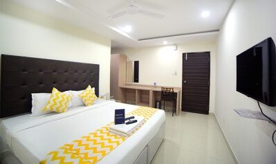 FabHotels in Hyderabad (image FabHotel Pearl City HiTech City)
