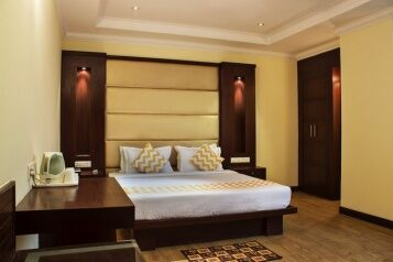 FabHotels in New Delhi (1 image FabHotel Broadway Inn Nehru Place)