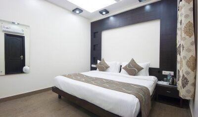 FabHotels in New Delhi (2 image FabHotel Lorenz Jasola)