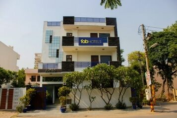 FabHotels in Gurgaon (1 image FabHotel The Residency DLF Galleria)