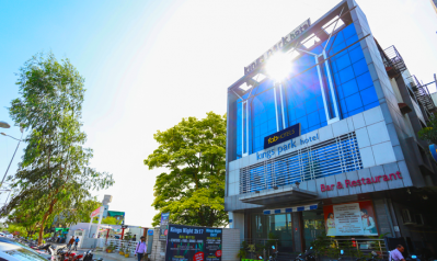 FabHotels in Indore (image FabHotel Kings Park A.B. Road)