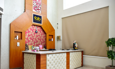 FabHotels in Gurgaon (2 image FabHotel Q-Cent Sector-15)