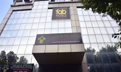 FabHotels in New Delhi (image FabHotel Amaltas Green Park)