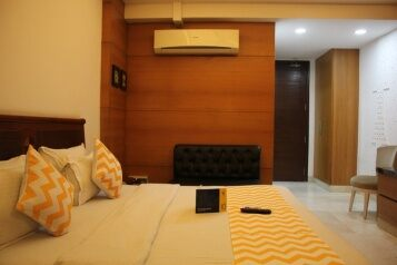 FabHotels in Gurgaon (2 image FabHotel LM Residency Dlf Phase 2)