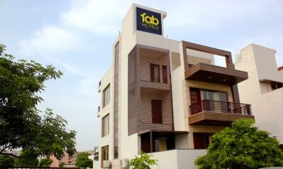 FabHotels in Gurgaon (image FabHotel Zap BnB Sohna Road)