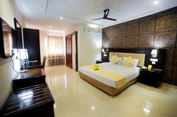 FabHotels in Hyderabad (2 image FabHotel Majestica Inn Hitech City)