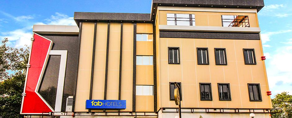 Fabhotels - Rs.600 Off, Use HDFC Netbanking