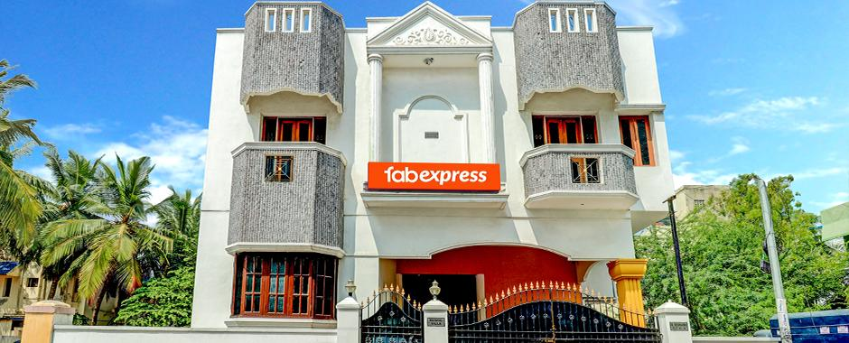 Book FabExpress Nestlay Rooms OMR Online