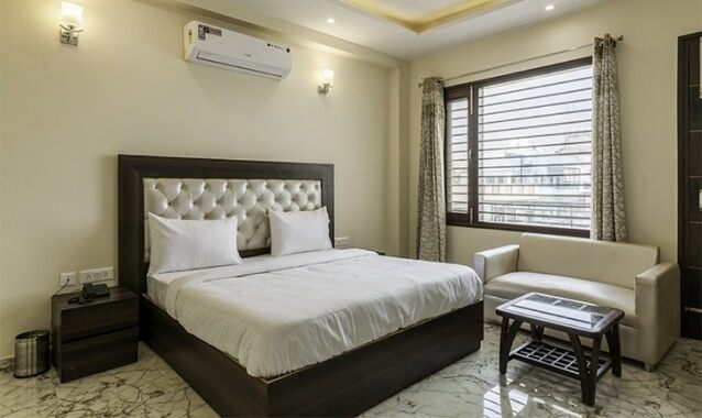 Deluxe Room Picture Of FabHotel Tavishk Golf Course Road Gurgaon Hotels