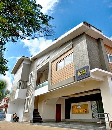 Hotels in ooty book ooty hotels in budget price 959 - Best hotels in ooty with swimming pool ...