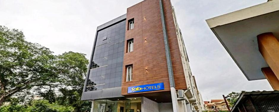 Book FabHotel Wagtail Online