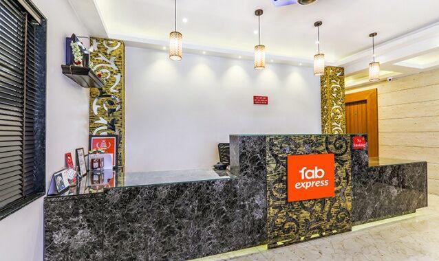 FabExpress Status Suites Domlur Bangalore: Reviews, Photos
