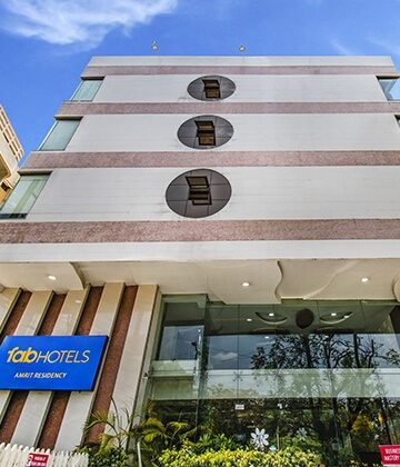 Hotels in Indore - Book Indore Hotels Price starts @ ₹798 - FabHotels